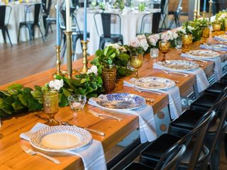 Southern Vintage Table 3