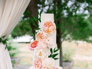 Precious and Blooming Floral Design 1