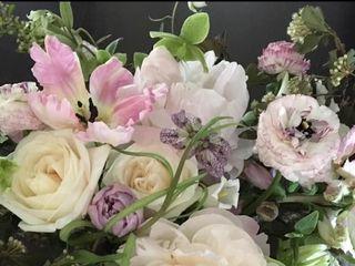 Simply Beautiful Flowers 2