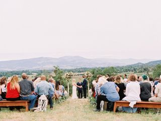 FLOURISH Wedding & Event Planning 3