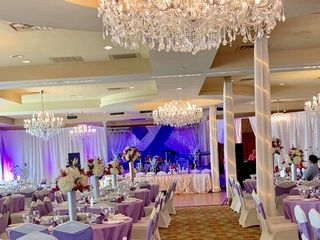 Austin Rainbow Bouquet 4