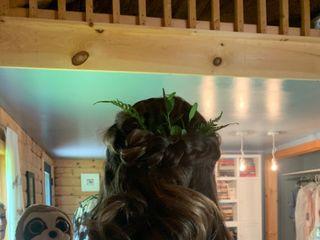 Twisted Sister Salon 1