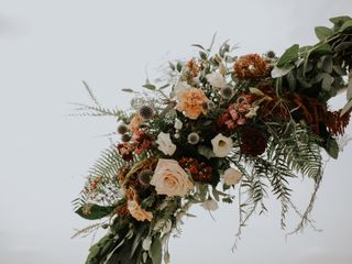 Victoria's Floral Design 4