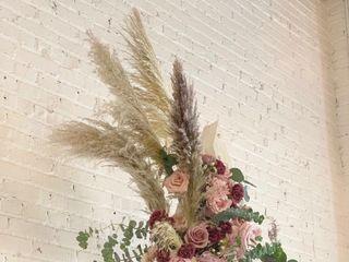 Ramblin' Rose Floral Co 3