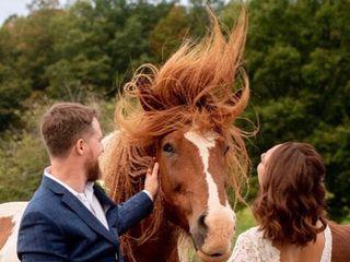 Lakota's Farm Weddings & Events 3