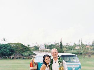 The Maui Photo Bus 1