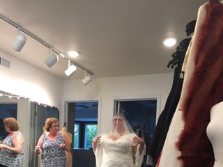 SPARKLE bridal couture : sizes 14-30 4