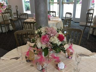 Abloom Ltd. Flowers and Events 4