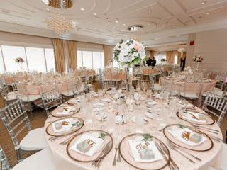 Fenice Events Chair Rentals 2