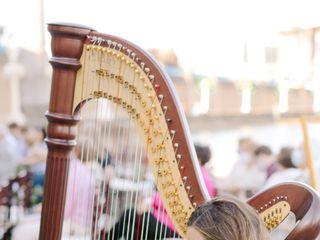 Harpist Kristen Elizabeth 3