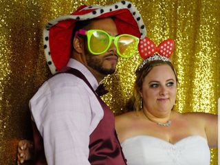 Snap Away Photo Booths 1