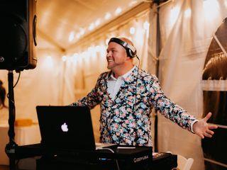 DJ ROYALE 1