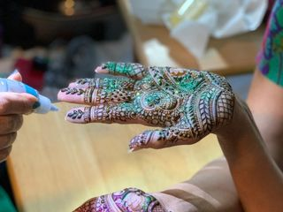 Bhavna's Henna & Arts 4