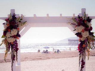 SeaVenture Beach Hotel & Restaurant 3
