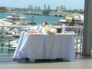 DoubleTree Grand Biscayne Bay Hotel 3