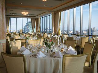 Vista Penthouse Ballroom & Sky Lounge 7