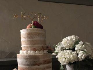 Cassie's Custom Cakes 1