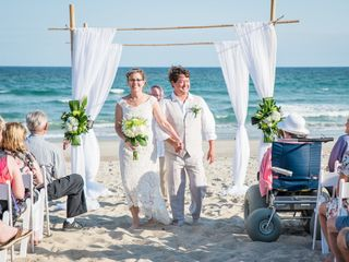 A Seaside Wedding & Events by Emerald Isle Realty 3