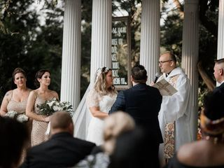 Contemporary and Traditional Catholic Weddings 1