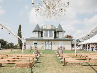 The Hay Bale Wedding & Event Venue 7