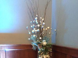 Heidi's Hobbies Floral & Gifts 7