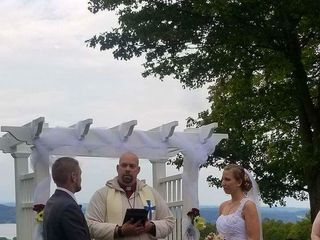 Rev. Ben's Wedding Service 7