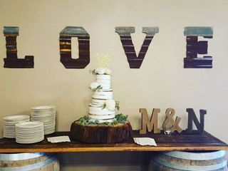 Michele's Corner Wedding Cakes 1