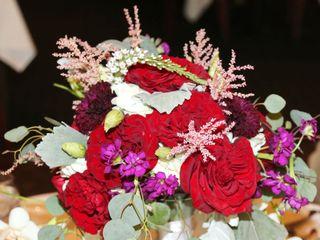 True Artistry Flowers 6