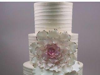 Empire Cake 5