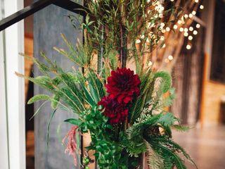 Anny Heid Flowers 1