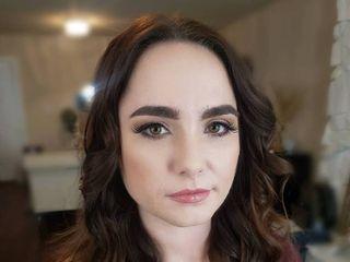 Yolanda Lake Makeup Artist 1