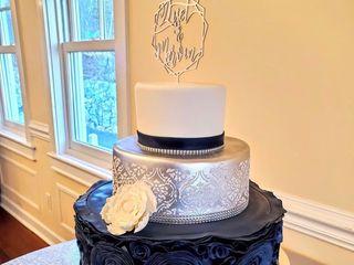 Custom Cake Design 4