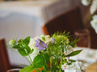 Peace & Plenty Flowers 3
