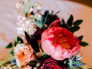 Cabbage Rose Florist 2