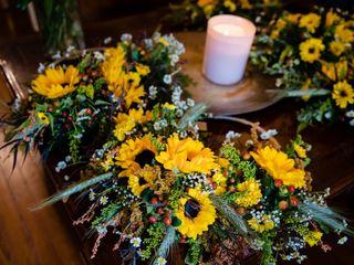 Rebecca Rollins Floral Design 4
