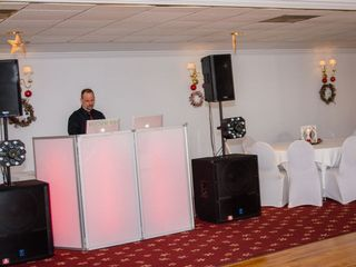 JOEY B'S DJ & Photo Booth Service 2