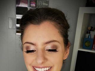 Tiffany Martin: Makeup Artist 1