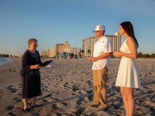 Simple Seaside Ceremonies 1