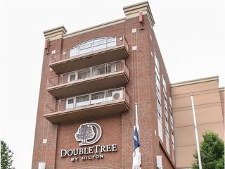 DoubleTree by Hilton Hotel Bay City - Riverfront 1