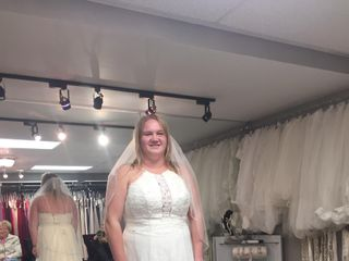 The Dress Lounge Bridal & Prom Boutique 4