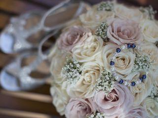 Roses For Weddings, Inc. 2