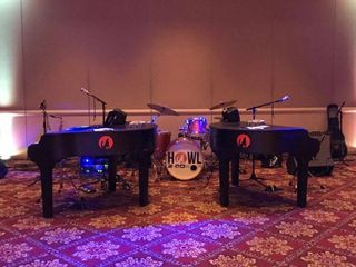 Howl2GO Dueling Pianos by Howl at the Moon 1