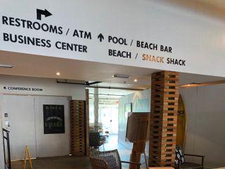 Postcard Inn On The Beach 3