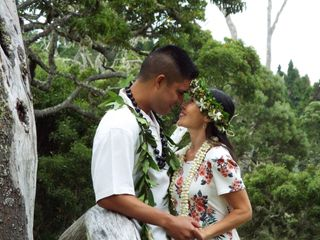 Hawaiian Style Beach Weddings with ALOHA 3