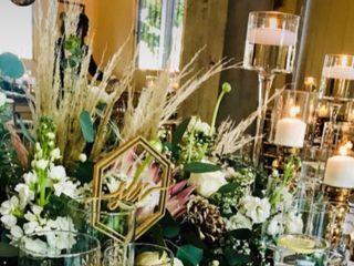 Golden Pineapple Weddings 4