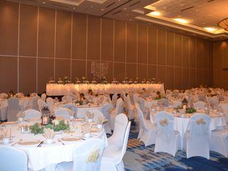 Radisson Hotel & Conference Center Green Bay 3