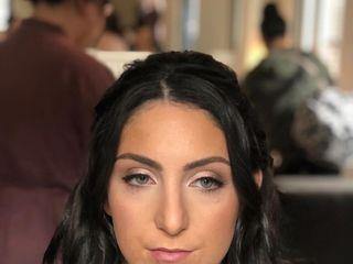 Ali Lomazzo Beauty 5