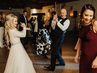 A Bride's DJ & Uplighting 1