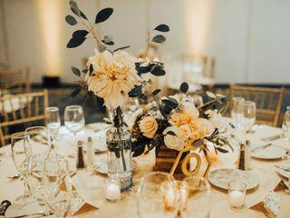 Elegant Touch Floral Designs 6