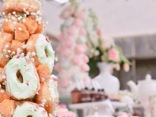 Melaos Desserts & More 5